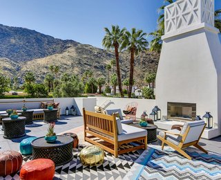 7 Romantic Palm Springs Getaways - Photo 1 of 7 -