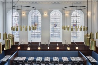 A Historic Church in London Hosts a New Cantonese Restaurant and Art Gallery - Photo 10 of 15 -