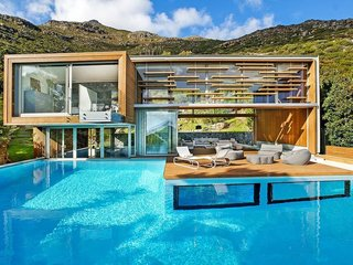 A pool villa near Cape Town in South Africa