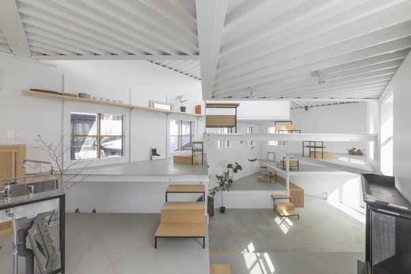 13 Spiraling Platforms Increase Space and Connection in This One Room Home Japanese Homes  Design ideas for modern living