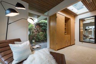 Skylights enhance the indoor/outdoor feel.