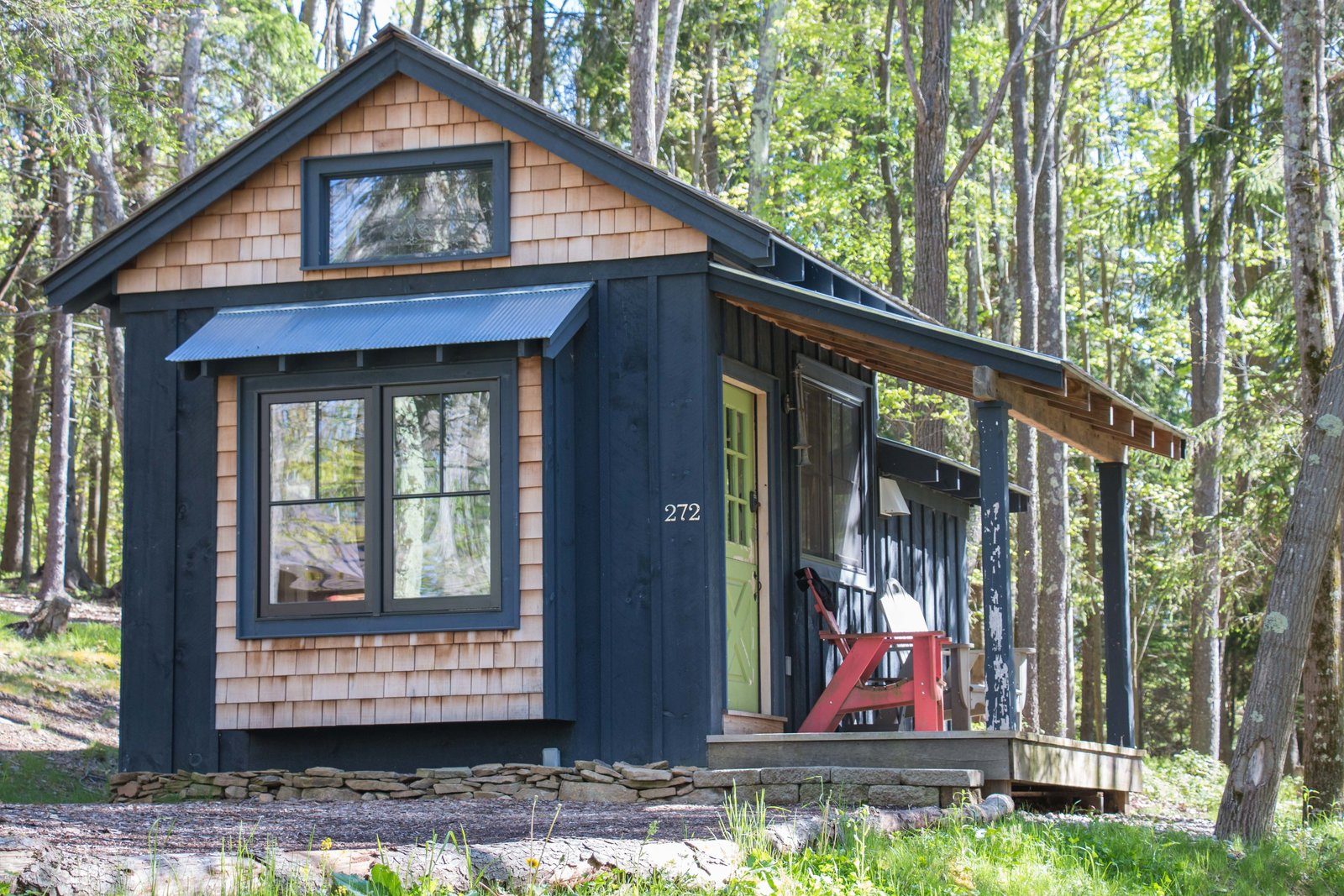 The company's founder Lisa M. Jan ensures that all the Blue Moon Rising's vacation rental homes are built sustainably, leaving only a minimal impact on its natural site.