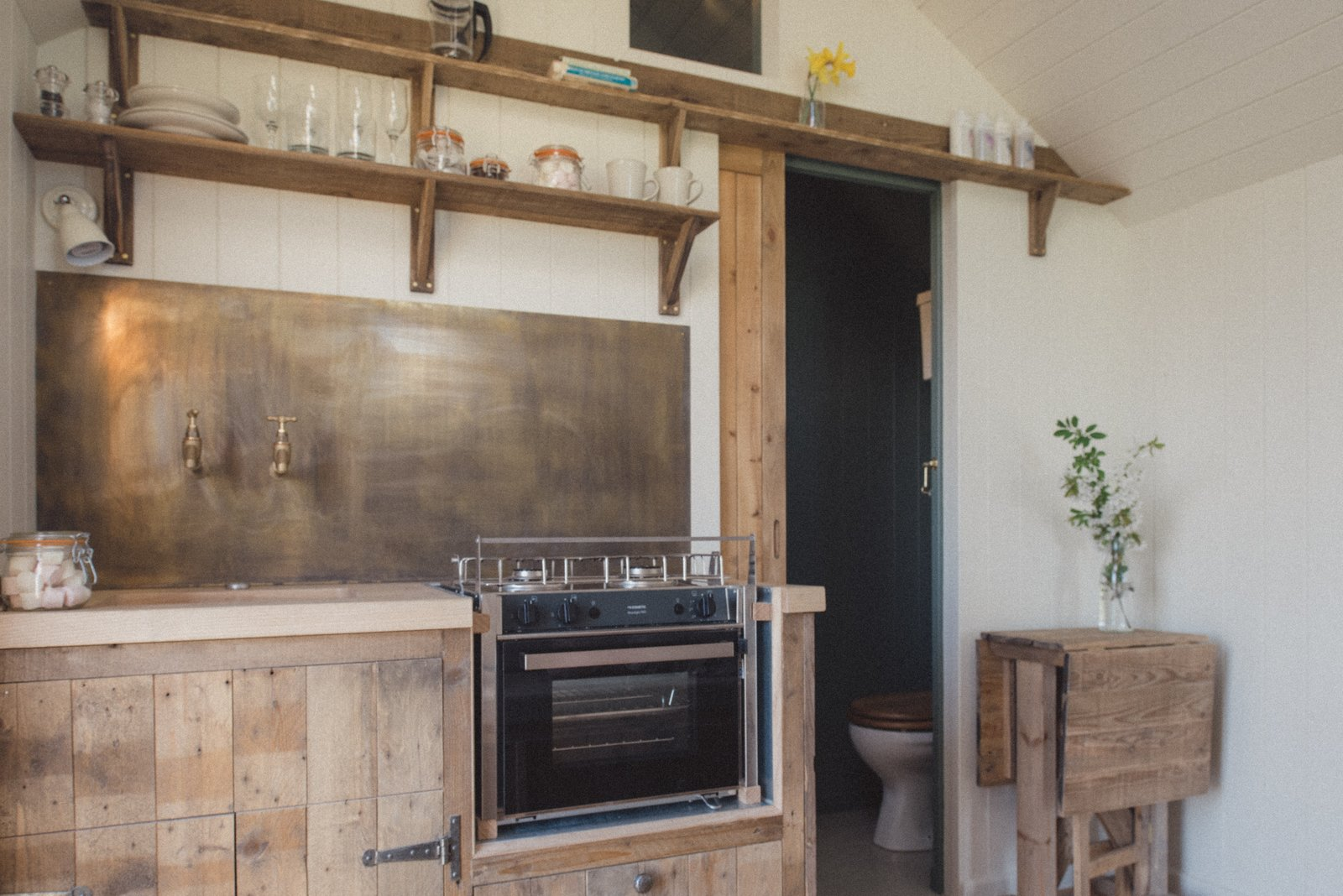 The huts are all designed and handcrafted by Dorset-based builders Plankbridge.