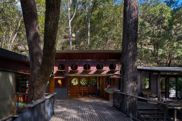 This Home For Sale in the Australian Bush Has Magical Tree House Vibes