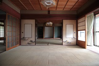 Before: This classic Japanese room would receive a thoughtful renovation.