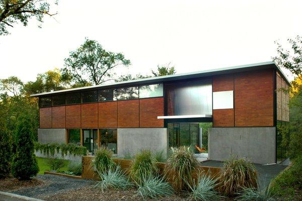 A FlatPack prefabricated home by Charlie Lazor.