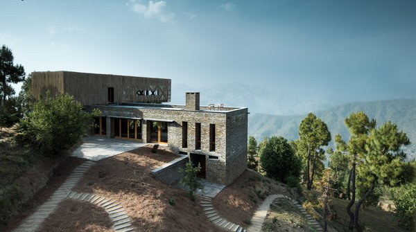 A New Retreat in the Indian Himalayas Captures Epic Views