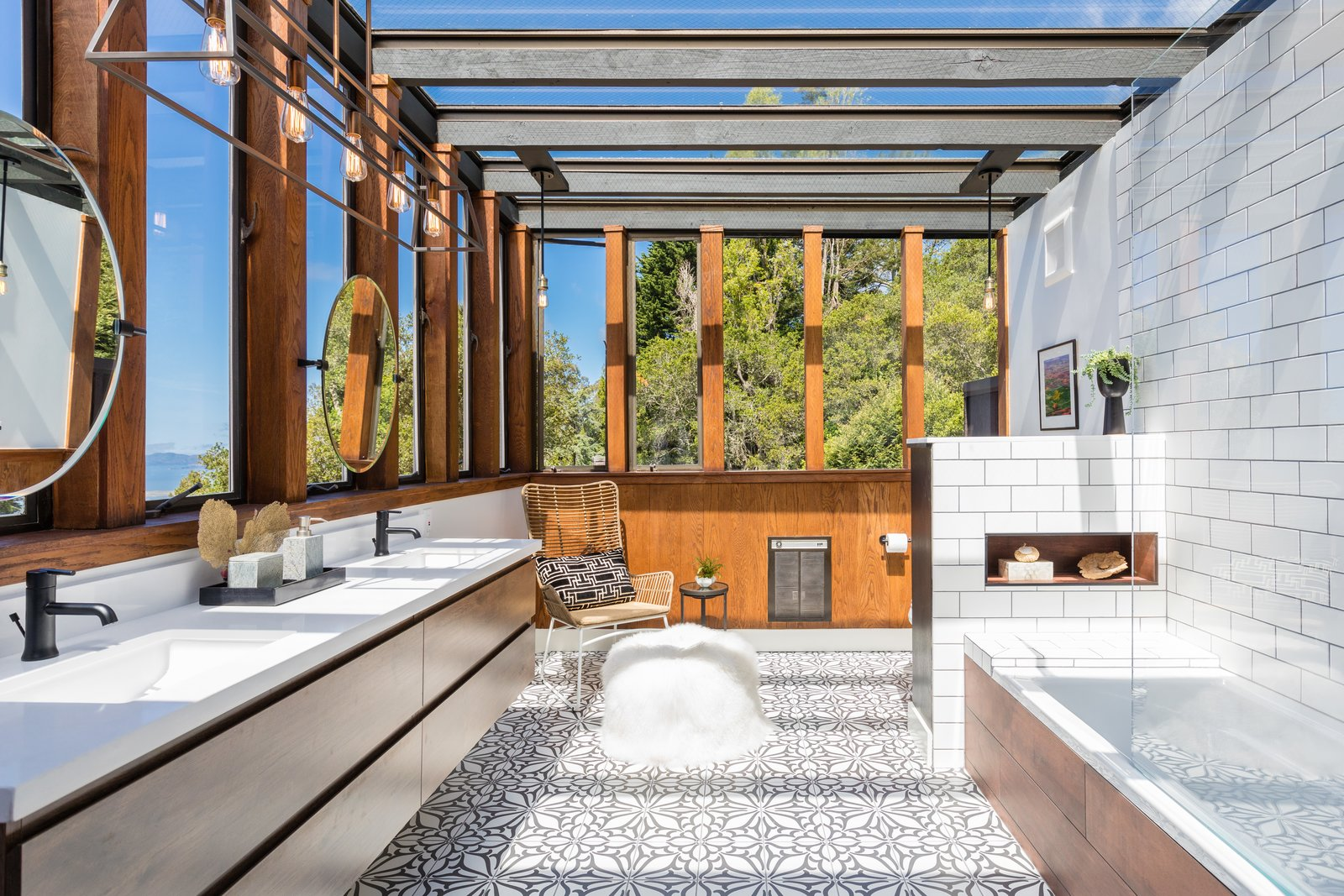 Californian Artist Tom Holland's Former Midcentury Hits the Market at $1.25M