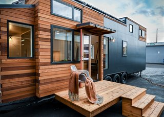 A Family Customizes an Off-Grid Tiny Home With Online Design Tools