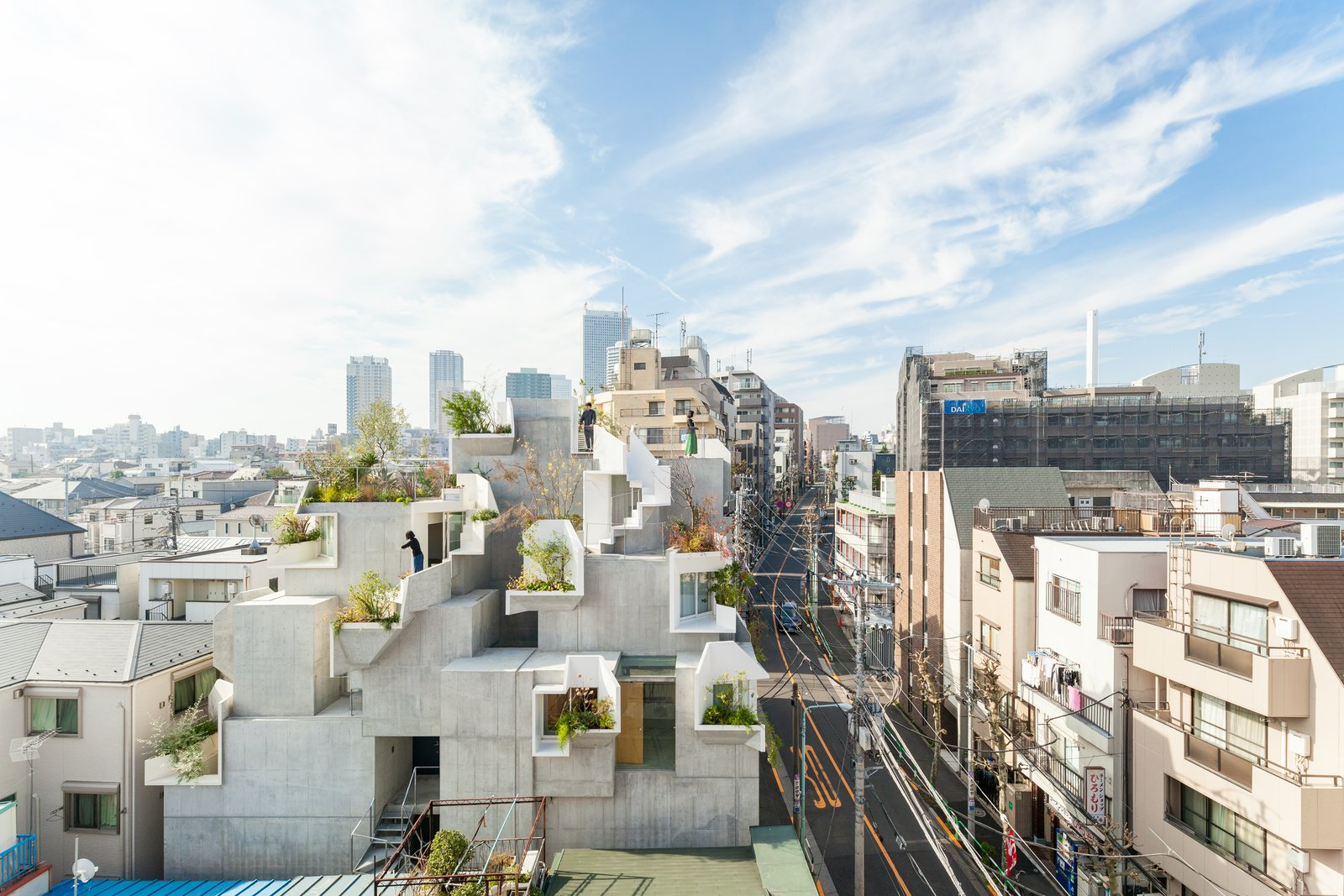 This Futuristic Japanese Building Is Not Your Everyday Tree House