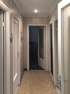 The original corridor traversed the entire apartment.