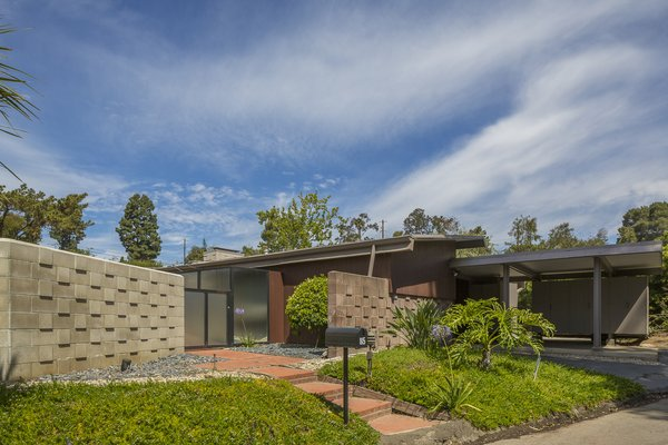 Own This L.A. Midcentury by A. Quincy Jones For $2.45M