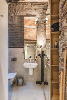 San Marco acrysil decora has been used on one side of the bathroom wall.