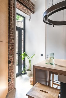Serving as the heart of the home, the kitchen features a large, extendable island, which helps the couple entertain guests more comfortably when they visit.