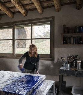 Painter Adalina Coromines at work.