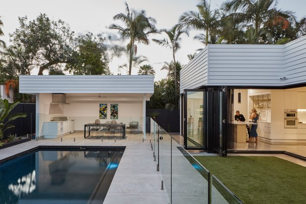 A Crisp, New Home Rises Around an Existing Pool in Australia