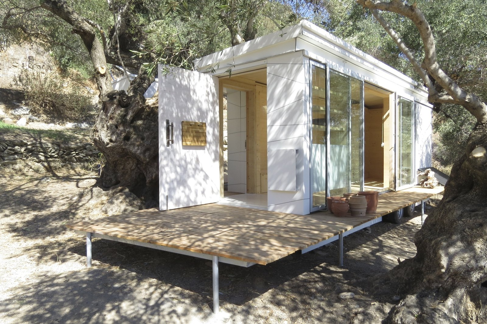 A Yoga Teacher's Tiny Home on Wheels Goes Off-Grid in Greece