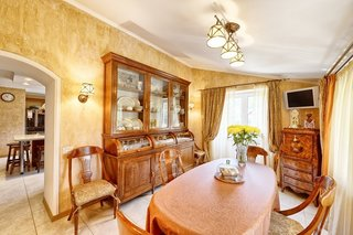 Make Your Modest Home More Valuable with Antique Furniture - Photo 1 of 2 - Antique Furniture