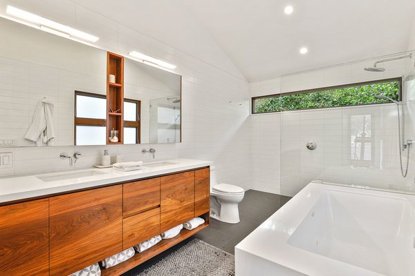 Bath, Engineered Quartz, Undermount, Ceramic Tile, Tile, Undermount, Open, Subway Tile, Ceiling, Ceramic Tile, and One Piece Bath  Best Bath Ceramic Tile Undermount Photos from Portola Valley