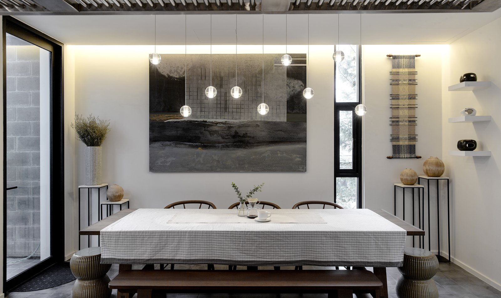 Dining Room, Table, Bench, Chair, Recessed Lighting, Pendant Lighting, and Ceramic Tile Floor  Huamark 09