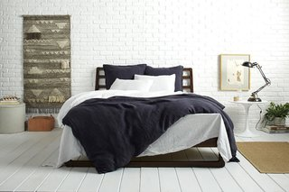 Make your Bedding pop with White and Coal Linen; Source: Nicole LaMotte/Parachute