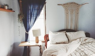 Welcome visitors with luxe bedding, like the Sand Percale Sheet Set in Emily's guest room; Source: Emily Katz/Parachute
