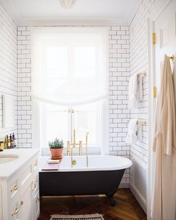 Go the extra mile and provide a robe for your guests; Source: Roomed