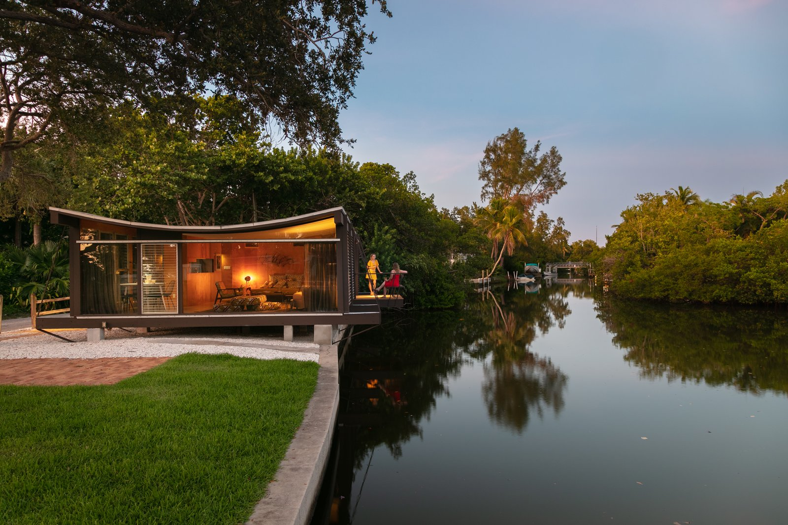 Cocoon Design Bank.The Cocoon House Modern Home In Siesta Key Florida By Paul