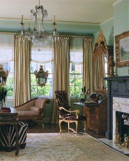 Designer David Kensington renovates a historic home in San Francisco with royal ties - Photo 1 of 2 -