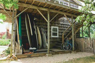 Surf Shacks 002 - Mikey DeTemple - Photo 7 of 8 -