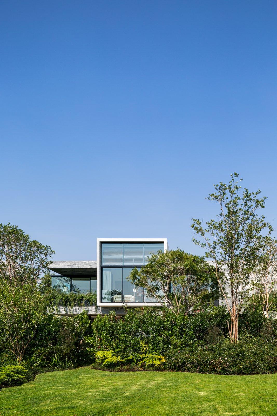 Exterior and House Building Type  Casa O Cuatro by Migdal Arquitectos | Jaime Varon, Abraham Metta, Alex Metta
