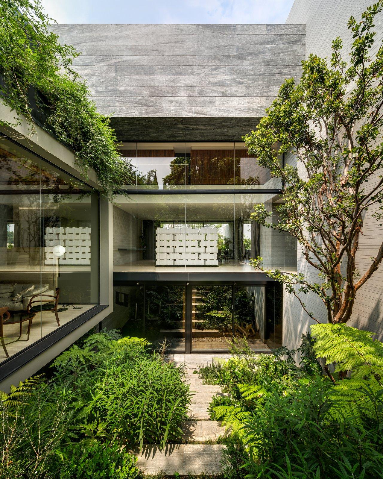 Tagged: Outdoor and Garden.  Casa O Cuatro by Migdal Arquitectos