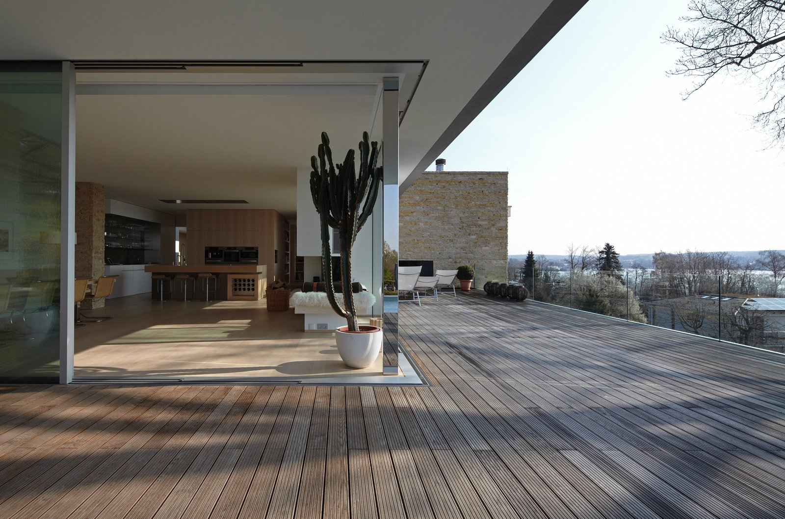Outdoor and Back Yard  House S by Stephan Maria Lang