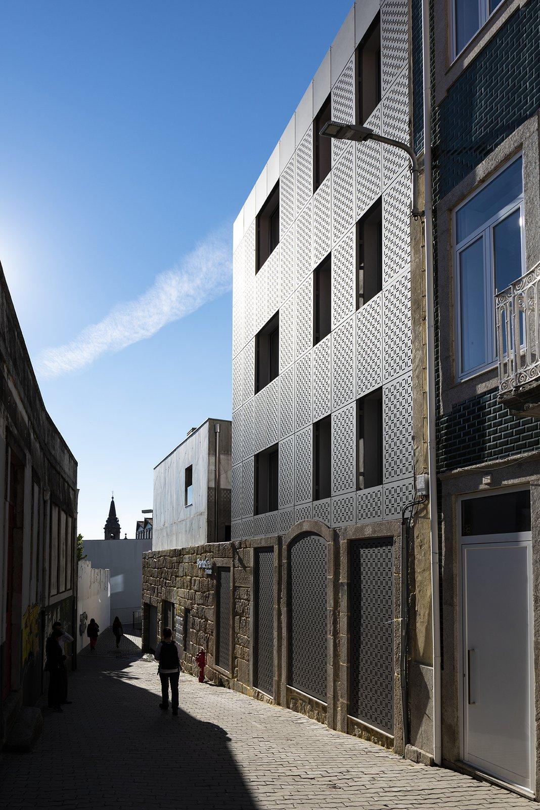 Exterior and House Building Type  Alferes Malheiro Building