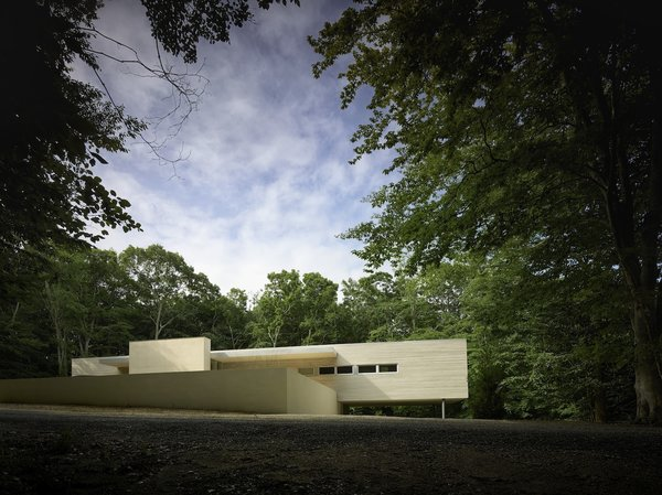 Photo 7 of 9 in Spotlight on Stelle Lomont Rouhani Architects and Their Work in the Hamptons