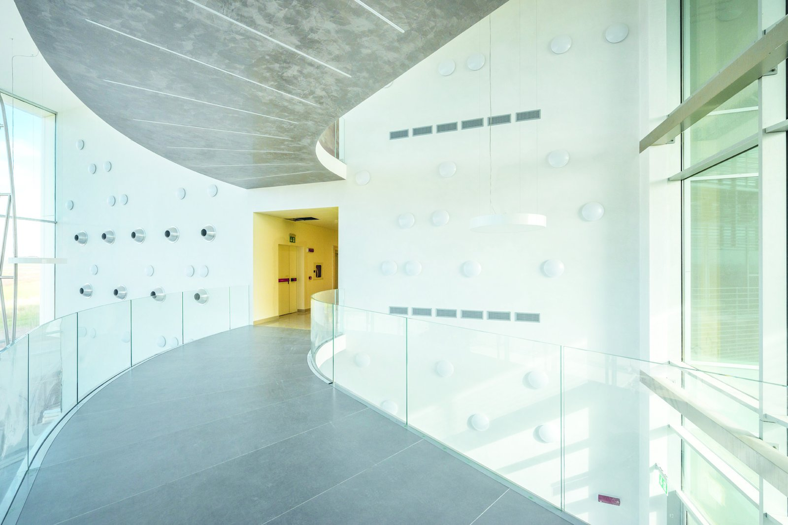 Photo 5 of 6 in A near-to-zero-emission, LEED Gold Office Building in Tuscany