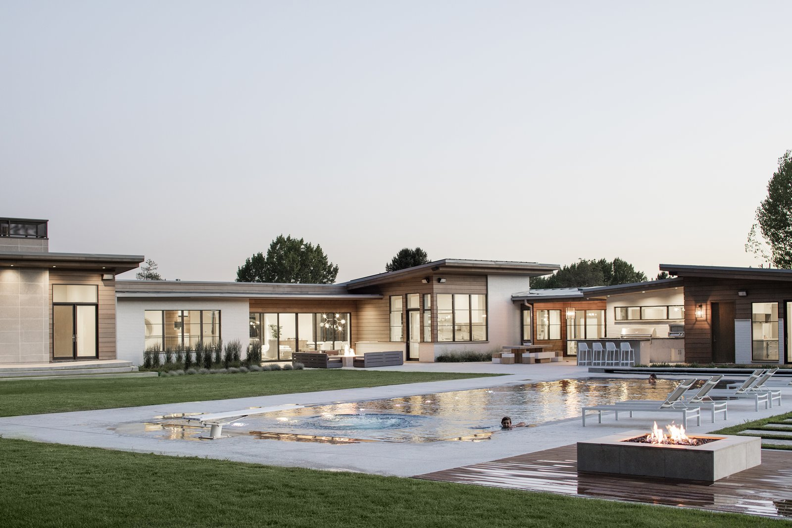 Outdoor  Timpanogos House by Lloyd Architects
