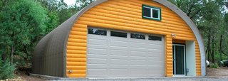SteelMaster can supply this colorful addition to your property to be a workshop or garage for all types of hobby enthusiasts, including woodworkers, metal shop owners, and classic car professionals.