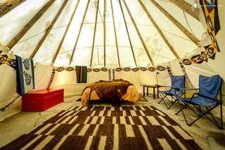 "These ""glamorous"" tipis in Oregon have been designed in ""Zen style."" According to Antoine de Saint-Exupéry, ""Perfection is achieved, not when there is nothing more to add, but when there is nothing left to take away."""