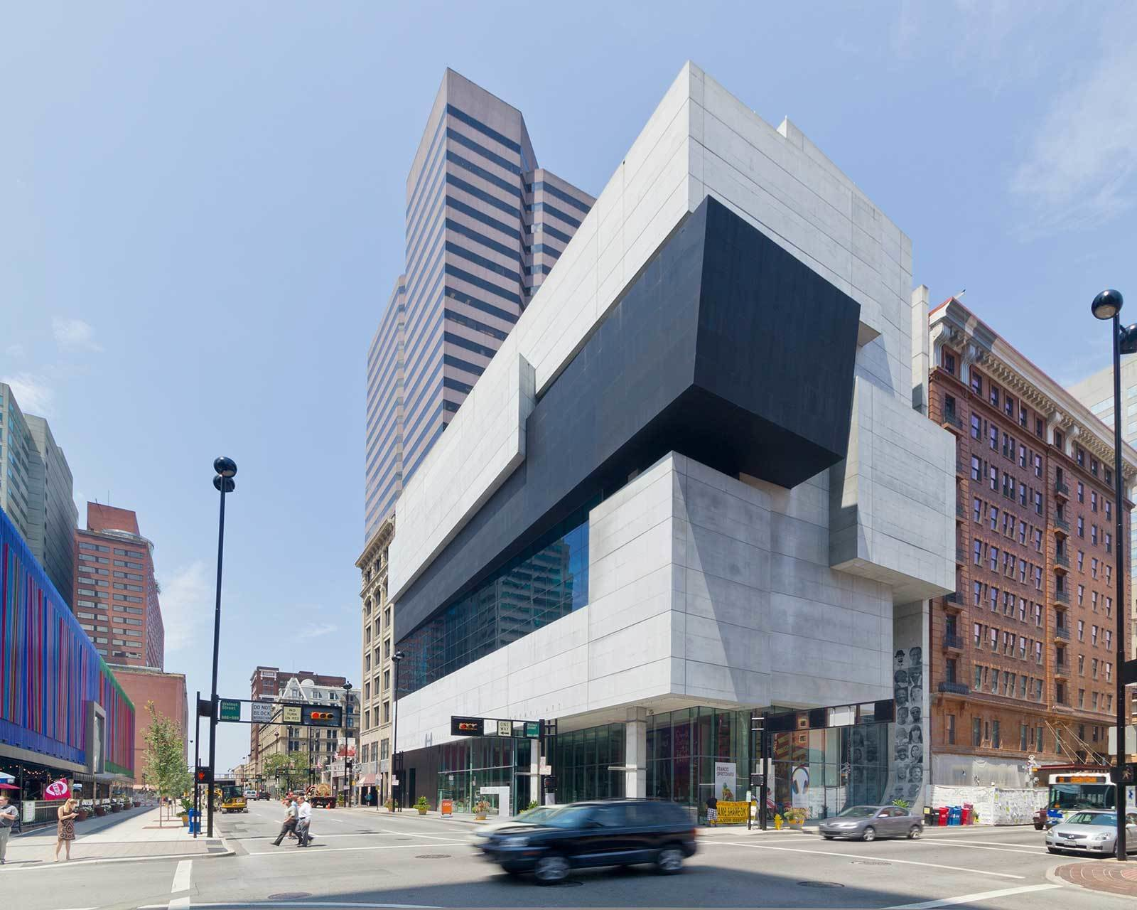 """The Rosenthal Center for Contemporary Art was Hadid's first American project. Hailed by the New York Times Architecture Critic Herbert Muschamp as Tagged: Exterior and Concrete Siding Material.  Photo 2 of 18 in """"Queen of the Curve"""": 18 Influential Works by Zaha Hadid"""