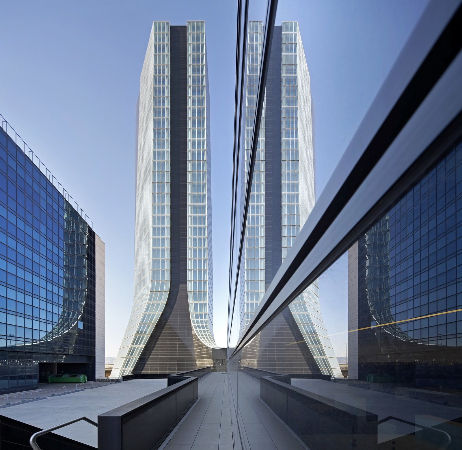 """Outdoor Hadid's  Photo 10 of 18 in """"Queen of the Curve"""": 18 Influential Works by Zaha Hadid"""
