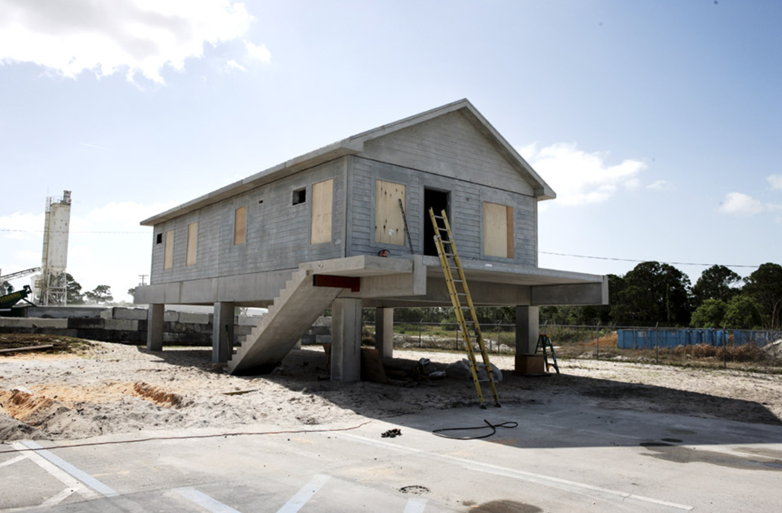 Prefab concrete homes florida cost for Concrete homes florida