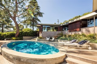 A Los Angeles Midcentury Time Capsule by A. Quincy Jones Lists For $3M