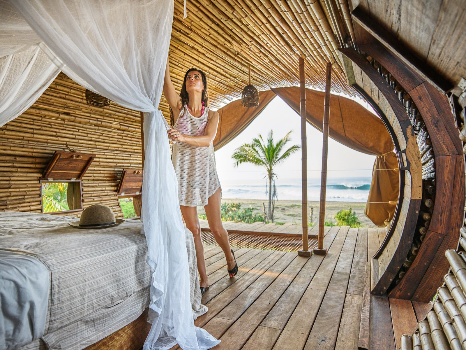 The Playa Viva tree house by ArtisTree  Photo 14 of 16 in Experience Tree-Top Living at One of These Sustainable Tree Houses