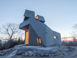 The Gemma Observatory in New Hampshire by Anmahian Winton Architects was designed with several environmental considerations in mind, winning it a 2017 award.