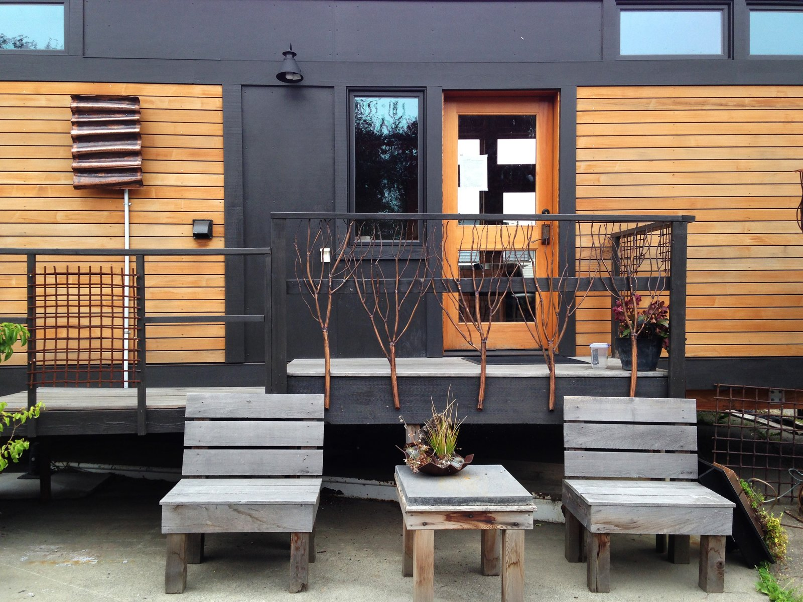 Exterior, Wood Siding Material, and Prefab Building Type  Photo 5 of 6 in 6 Modern Prefabricated Homes That Are Actually Affordable
