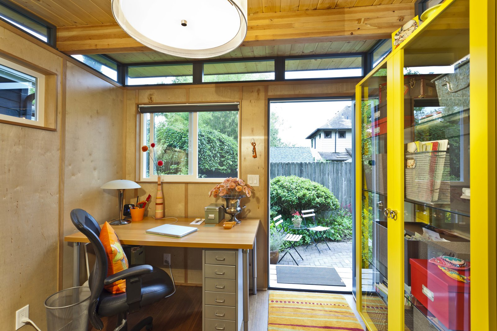 27 Modern She Shed Designs To Inspire Your Backyard Escape