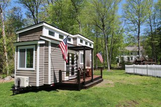 With over 20 years of design and build experience, Craft & Spout is a family business which crafts customizable tiny homes that can be used for a wide variety of purposes. Common applications for these homes include: pool houses, home offices, clubhouses, accessory structures, guest quarters, she sheds, man caves, and more.
