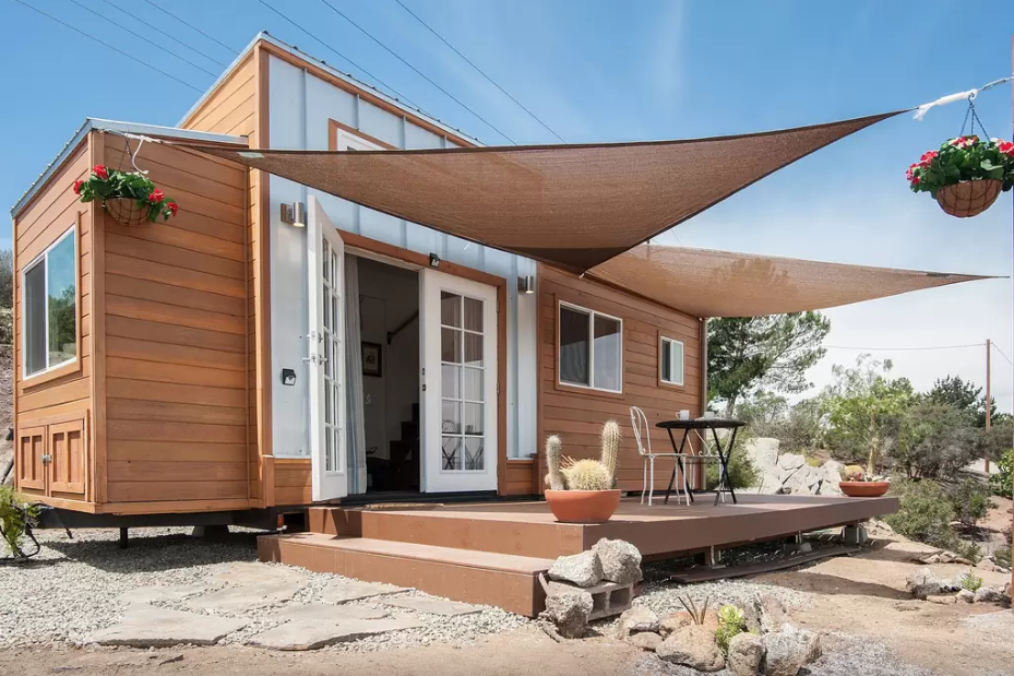 7 tiny home companies to consider on the west coast dwell for Companies that build homes