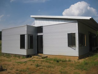 10 Modern Prefab Homes That Cost Less Than $100,000 - Photo 4 of 10 -